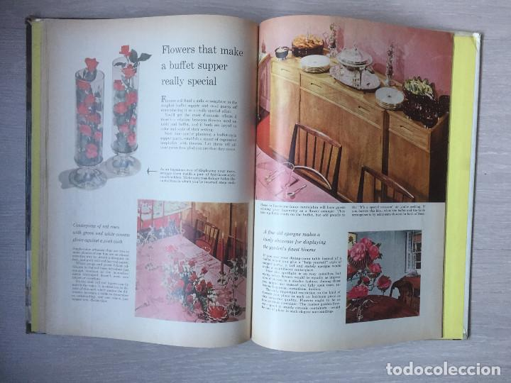 Libros de segunda mano: FLOWER ARRANGING. AÑO 1957, ARREGLOS FLORALES - Foto 2 - 190012656