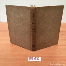 Libros de segunda mano: WALK THE DARK BRIDGE. Lote 197154225