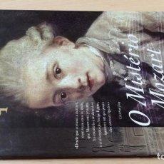 Libros de segunda mano: O MISTERIO MOZARTCHRISTIAN JACQHISTÓRIA EM PORTUGUESÓ -102. Lote 199433868