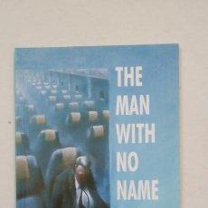 Libros de segunda mano: THE MAN WITH NO NAME - E. DAVIES & P. TOWN - HEINEMANN ELT 1992. EN INGLES. TDK187. Lote 206906652