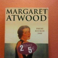 Libros de segunda mano: L'ASSASSÍ CEC. MARGARET ATWOOD. SUMA DE LLETRES CATALANA. Lote 211678505