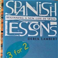 Libros de segunda mano: SPANISH LESSONS - DEREK LAMBERT. Lote 220715806