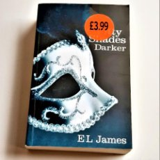 Libros de segunda mano: 2012 LIBRO FIFTY SHADES DARKER EL JAMES - 13 X 20.CM. Lote 238130200