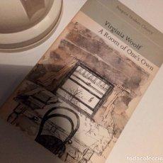 Libros de segunda mano: VIRGINIA WOOLF A ROOM OF ONE'S OWN ED PINGUIN 1967. Lote 243206550