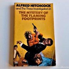 Livros em segunda mão: 1974 LIBRO ALFRED HITCHCOCKS - THE MYSTERY OF THE FLAMING FOOTPRINTS - 11 X 18.CM. Lote 243912815