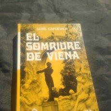 Libros de segunda mano: LLUIS CAPDEVILA. EL SOMRIURE DE VIENA.. Lote 243975025