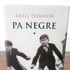 Libros de segunda mano: PA NEGRE - EMILI TEIXIDOR - COLUMNA EDICIONS, 2003, 2A EDICIÓ, BARCELONA. Lote 254635070