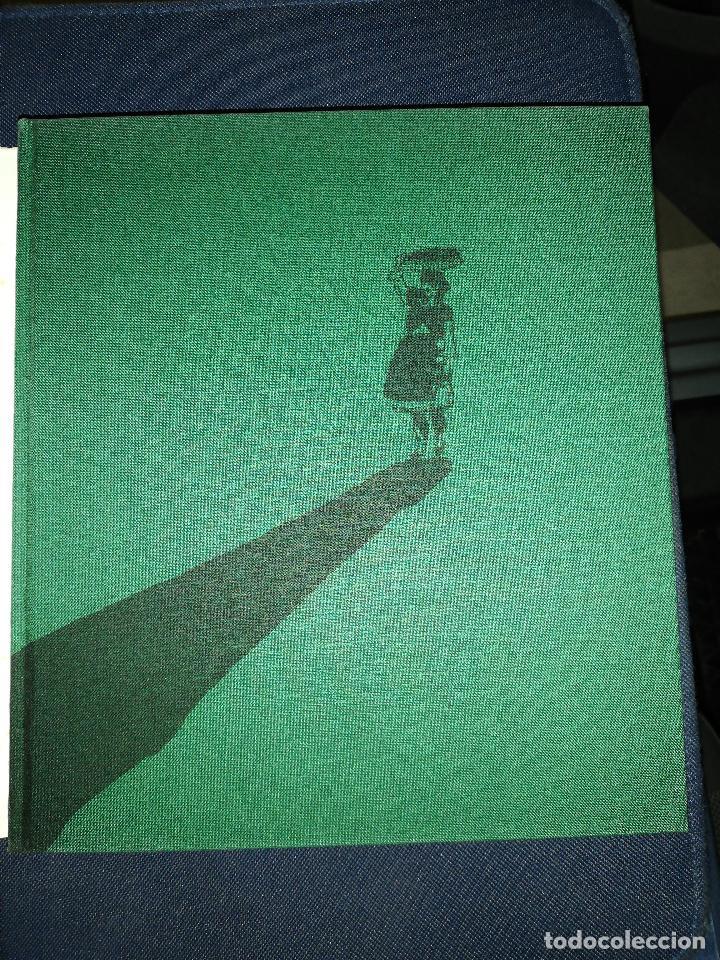 Libros de segunda mano: Rosalía cos rapaces. Escolma comentada por X. Filgueira Valverde. 1985 - Foto 2 - 257723175