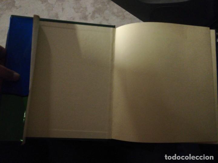 Libros de segunda mano: Rosalía cos rapaces. Escolma comentada por X. Filgueira Valverde. 1985 - Foto 3 - 257723175