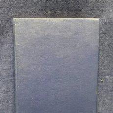 Libros de segunda mano: LIBRO BALI ISLE OF TEMPLES AND DANCES TEMPLOS Y DANZAS 20,5X14CMS. Lote 262945275
