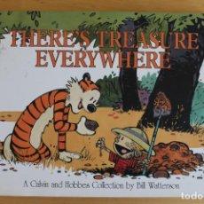 Libros de segunda mano: BILL WATTERSON- THERE'S TREASURE EVERYWHERE (CALVIN AND HOBBES) - AÑO 1996 - CÓMIC EN INGLÉS. Lote 284395933