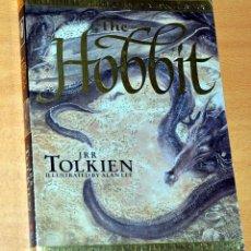 Libros de segunda mano: LIBRO EN INGLÉS: THE HOBBIT - JRR TOLKIEN - ILUSTRACIONES DE ALAN LEE - EDITA: HARPER COLLINS 1997. Lote 285396863