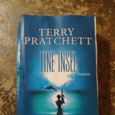 Libros de segunda mano: EINE INSEL (TERRY PRATCHEFF) (ROMAN, GOLDMANN). Lote 288413943