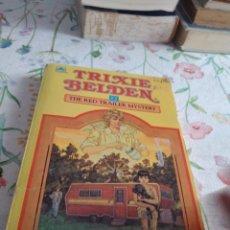 Libros de segunda mano: G-92 LIBRO TRIXIE BELDEN THE RED TRAILER MYSTERY BY JULIE CAMPBELL. Lote 289713413