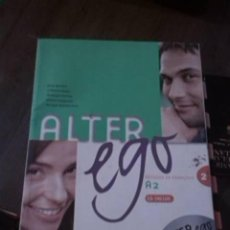 Libros de segunda mano: ALTER EGO A2. MÉTHODE DE FRANÇAIS. ANNIE BERTHET. CATHERINE HUGOT. HACHETTE. 2006. (CON CD).. Lote 294501483