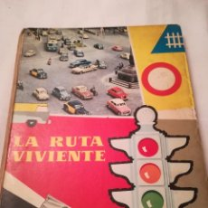 Libros de segunda mano: LA RUTA VIVIENTE, 1960, ALBUM DE CROMOS. Lote 115714659