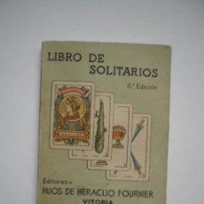 Libros de segunda mano: LIBRO DE SOLITARIOS. Lote 136563478