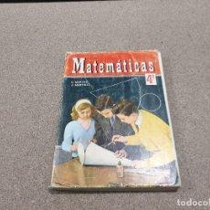 Libros de segunda mano: LIBRO ESCOLAR.....MATEMATICAS ...4°..... C. MARCOS .J. MARTINEZ...1967.... Lote 149941414