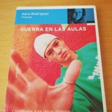 Libros de segunda mano: GUERRA EN LAS AULAS (NORA RODRÍGUEZ). Lote 154646262
