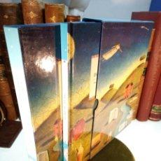 Libros de segunda mano: SUEÑOS. UN LIBRO, UN DIARIO Y UN JUEGO DE CARTAS PARA INTERPRETAR, RECORDAR Y EXPLORAR LOS SUEÑOS.. Lote 158844190