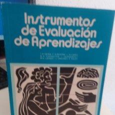 Libros de segunda mano: INSTRUMENTOS DE EVALUACIÓN DE APRENDIZAJES - AA.VV. Lote 177286963