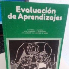 Libros de segunda mano: EVALUACIÓN DE APRENDIZAJES - AA.VV. Lote 177287182