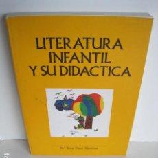 Libros de segunda mano: LITERATURA INFANTIL Y SU DIDÁCTICA. MARÍA ROSA CABO MARTÍNEZ. DEDICADO POR AUTORA. OVIEDO, 1986.. Lote 198812575