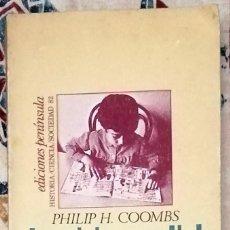 Libros de segunda mano: LA CRISIS MUNDIAL DE LA EDUCACIÓN PHILIP H. COOMBS. Lote 236595975