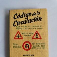 Libros de segunda mano: CÓDIGO DE LA CIRCULACIÓN 1965 EDICIONES GIOR. Lote 261339685