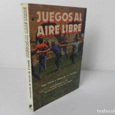 Libros de segunda mano: JUEGOS AL AIRE LIBRE (PARA CHICHOS Y CHICAS DE 7 A 15 AÑOS) ASOCIACIÓN DE SCOUTS DE CANADA 1987. Lote 269363798