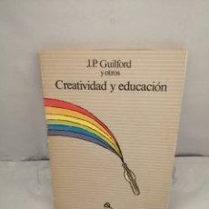 Libros de segunda mano: CREATIVIDAD Y EDUCACIÓN (CONTIENE SUBRAYADOS A LÁPIZ EN PRIMERAS 46 PÁGINAS). Lote 288860248