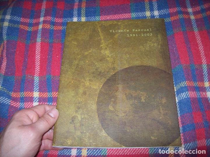 Libros de segunda mano: VICENTE PASCUAL 1991 - 2002. CASAL SOLLERIC . AJUNTAMENT DE PALMA . 1ª EDICIÓN 2002 . MALLORCA . - Foto 2 - 77853317