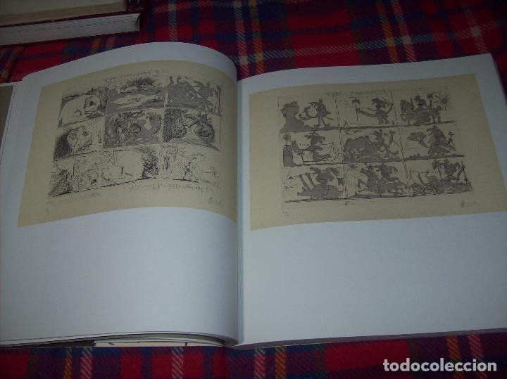 Libros de segunda mano: PICASSO Y LOS LIBROS. FUNDACIÓN BANCAJA. FOTOGRAFÍAS : JUAN GARCÍA ROSELL. 2005. VER FOTOS. - Foto 13 - 111742759