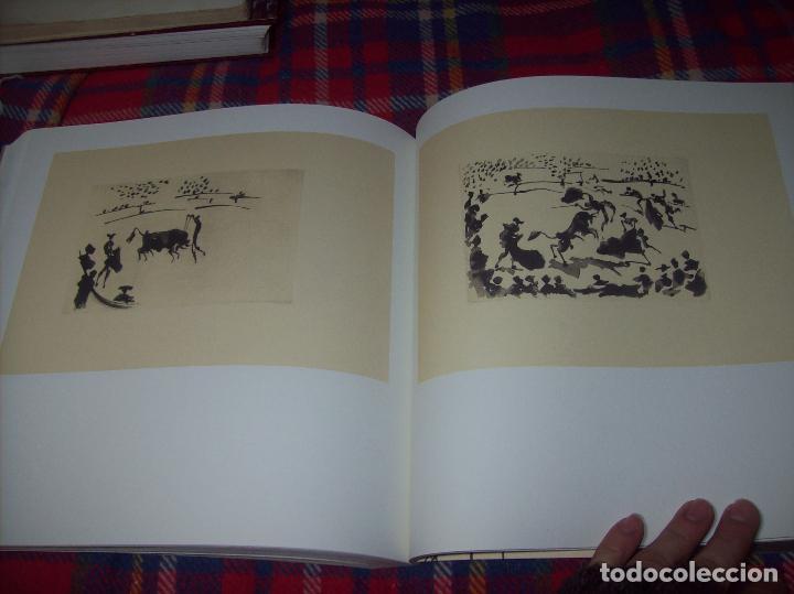 Libros de segunda mano: PICASSO Y LOS LIBROS. FUNDACIÓN BANCAJA. FOTOGRAFÍAS : JUAN GARCÍA ROSELL. 2005. VER FOTOS. - Foto 34 - 111742759