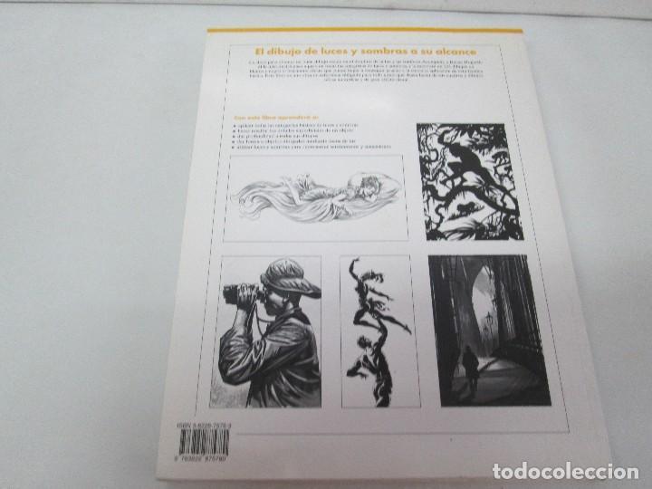 Libros de segunda mano: BURNE HOGARTH. EL DIBUJO DE LUCES Y SOMBRAS A SU ALCANCE. CABEZA HUMANA. ANATOMICO. 3 LIBROS - Foto 25 - 124191527