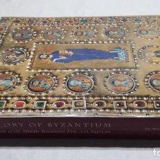 Libros de segunda mano: THE GLORY BYZANTIUM/ HELEN C EVANS AND WILLIAM D WIXOM/ METROPOLITAN MUSEUM/ NEW YORK. Lote 151564970