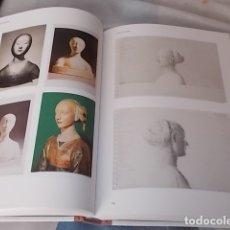 Libros de segunda mano: JOSÉ ANTONIO SUÁREZ LONDOÑO . MUESTRARIO . 1ª EDICIÓN 2015. FOTOGRAFÍAS MGUEL SUÁREZ LONDOÑO. Lote 180921400