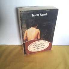 Libros de segunda mano: TERESA SAURET - EL SIGLO XIX EN LA PINTURA MALAGUEÑA - UNIVERSIDAD DE MALAGA 1987. Lote 220854468