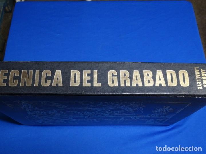 Libros de segunda mano: TÉCNICA DEL GRABADO 1969.JACQUES LAVALLEYE. - Foto 2 - 222086662
