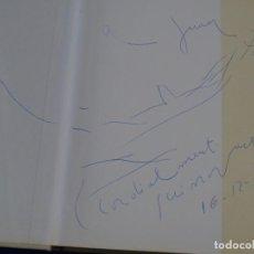 Libros de segunda mano: DIBUJO Y DEDICATORIA EN LIBRO DE JOSEP GUINOVART DEL AÑO 1986. POLIGRAFA.. Lote 244847585