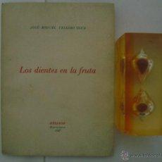 Libros de segunda mano: JOSE-MIGUEL VELLOSO.LOS DIENTES EN LA FRUTA.HÉLIKON 1947.EDICIÓN EN PAPEL DE HILO . Lote 47540569