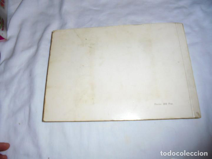 Libros de segunda mano: POSTALES MALAGUEÑAS.ALBUM CON POESIA.ORIGINAL DE JULIA ROMERO PORRAS.MALAGA 1970 - Foto 8 - 125450191