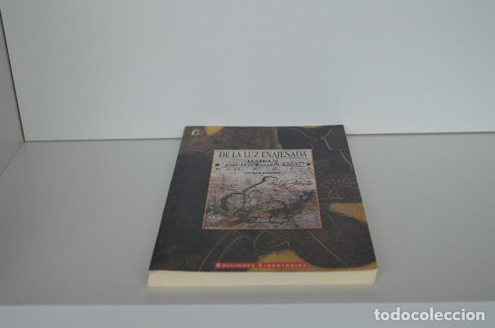 Libros de segunda mano: DE LA LUZ ENAJENADA. HAIKUS. JOSE LUIS PASARIN ARISTI. EDICION EUSKERA-CASTELLANO, ILUSTRADA. 1993. - Foto 3 - 159290710