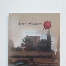 Libros de segunda mano: POEMARIO PARA LA VILLA DE UTRERA. DAVID MENDOZA. TDK394. Lote 171432290