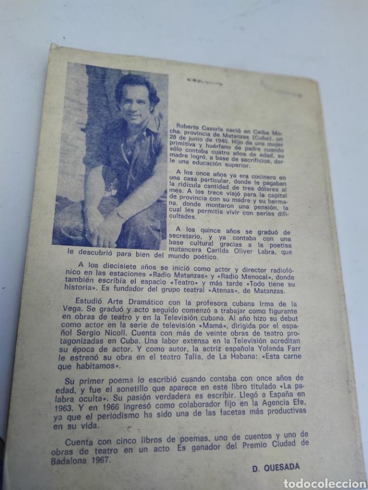 Libros de segunda mano: Un pedazo de azul en el bolsillo Roberto Cazorla Poemas 1978 - Foto 2 - 207314422