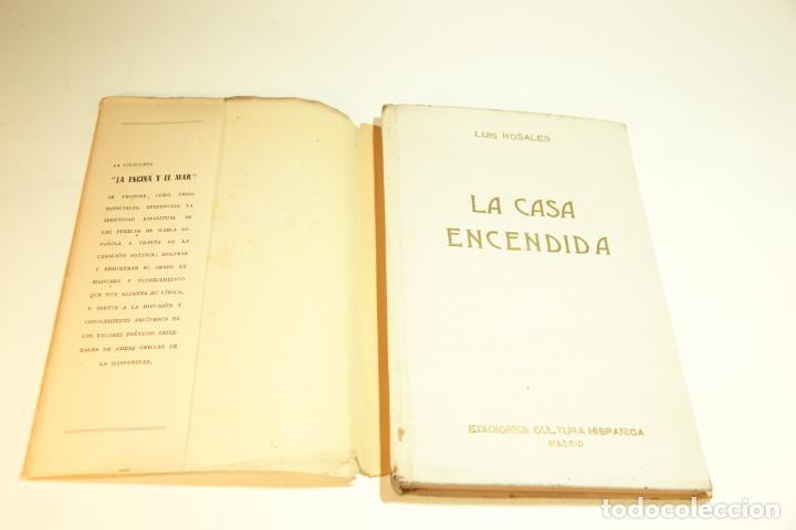 Libros de segunda mano: La casa encendida. Luis Rosales. Con dibujos de José Caballero. 1ª edición firmada y dedicada por el - Foto 2 - 209160522