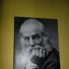 Livros em segunda mão: HOJAS DE HIERBA, ANTOLOGÍA BILINGÜE, ED. ALIANZA. Lote 220716193