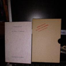 Libros de segunda mano: PEDRO SALINAS. LA VOZ A TI DEBIDA. ALIANZA EDITORIAL 2005. Lote 222717363