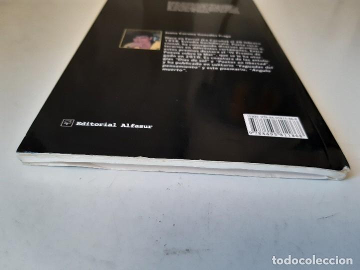 Libros de segunda mano: ANGULO MUERTO Juana Corsina Alfasur Poesia Contemporanea y Clasica 2010 - Foto 5 - 241826465