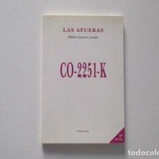 Libros de segunda mano: LAS AFUERAS PABLO GARCIA CASADO DVD POESÍA. Lote 246313675